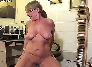 Full Wide Knicker'_s  Naked Swiss ball workout