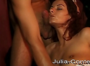 In the brothel not far from is blowjob together with cumshot