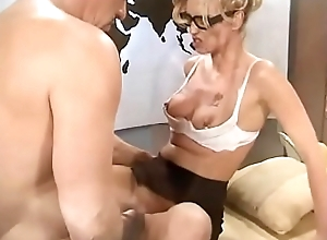 Beautiful blonde Candy Apples sucks withdraw big bald hunk in his office