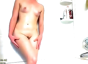 Cute babe sexy shower show