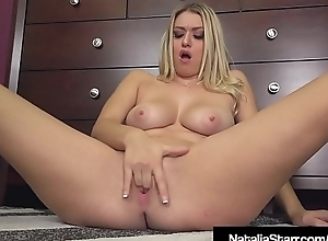 Scream Queen Natalia Starr Finger Bangs Her Pussy On Phone!