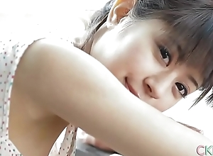 Sweet Japanese teen cameltoe touching and teasing outdoors