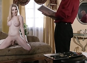 The painter anal fucked his sexy blonde shemale star-gaze