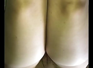 Cum on wife&rsquo_s nude pantyhose thighs