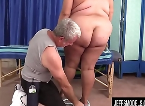 Busty Mature Sheila Marie Noshes on a Long Locate Before It Goes Up Her Cunt