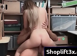 Summer Brooks sexy horny amateur bang with mall cop