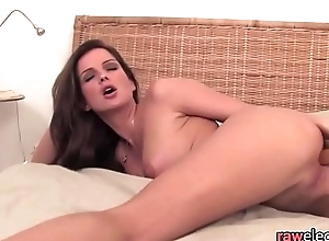 Solo babe toying her cunt in unattended scene
