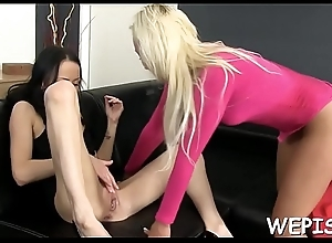 Probe pissing she can'_t live without to get hot urina massaged in say no to back