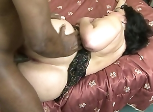 Very vicious lady likes black dicks that fuck her lasting with regard to her big botheration