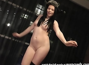 party unfocused ella martin strip show and masturbating with a thick dildo stretching her lips and gape